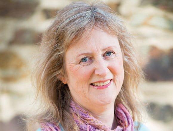 Robyn Cadwallader